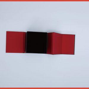 Magnetic paper box