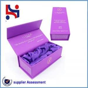 A box of purple paper