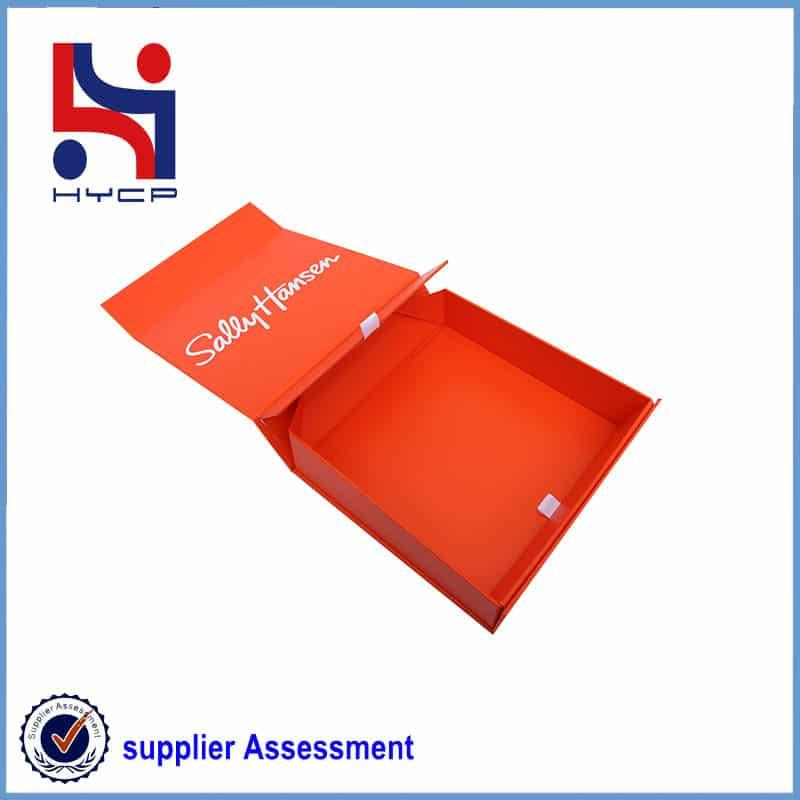 common clothes paper box