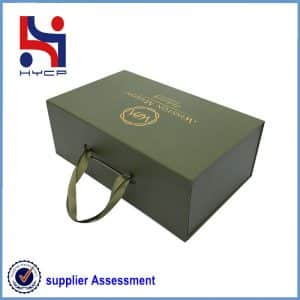 Shoe paper box with string