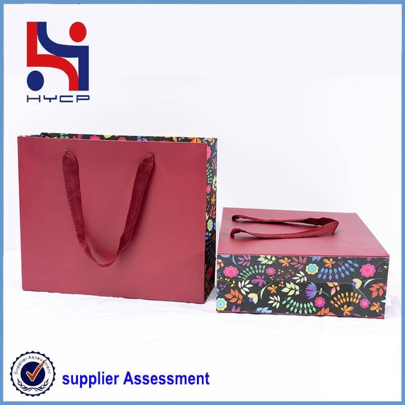 garment bagmanufacturer